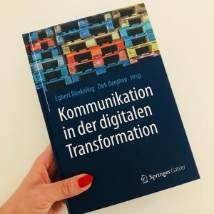 Bücher, Kommunikation, lesen, Verena Bender, PR, Blog, Medien, PR Coach, Public Relations, Digitalisierung, Presse, Kommunikation in der digitalen Transformation, Buchvorstellung,