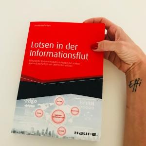 Bücher, Kommunikation, lesen, Verena Bender, PR, Blog, Medien, PR Coach, Public Relations, Digitalisierung, Presse, Lotsen in der Informationsflut, Markenbotschafter