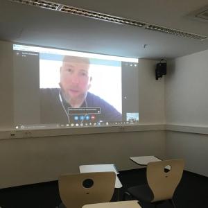 Martin Klostermann gibt Interview-Training via Skype, Verena Bender, PR Blog, Kommunikation, Public Relations, Entertainment PR, Presse, Medien, Kommunikation, bester PR Blog, PR Blogger, PR Idee, PR Coaching, PR Training, PR Beratung