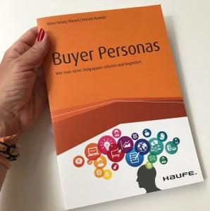 Buchtipp, Verena Bender, PRleben, PR, Kommunikation, PR Blog, TV Promotion, Lesen, Buch, Lesestoff, Buyer Personas